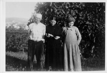 Bruna Pellesi con i genitori